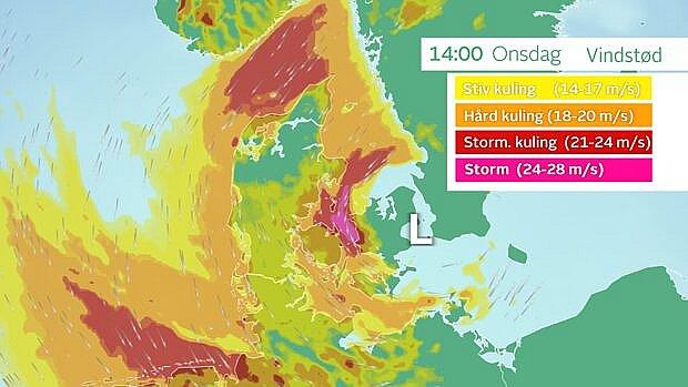 Klokken 14 har lavtrykket udviklet sig mere, og ifølge denne prognose vil vinden kulminere over det sydlige Kattegat og nordlige Storebælt, hvor middelvinden når hård kuling, og vindstødene når stormstyrke. Foto: TV 2 VEJRET