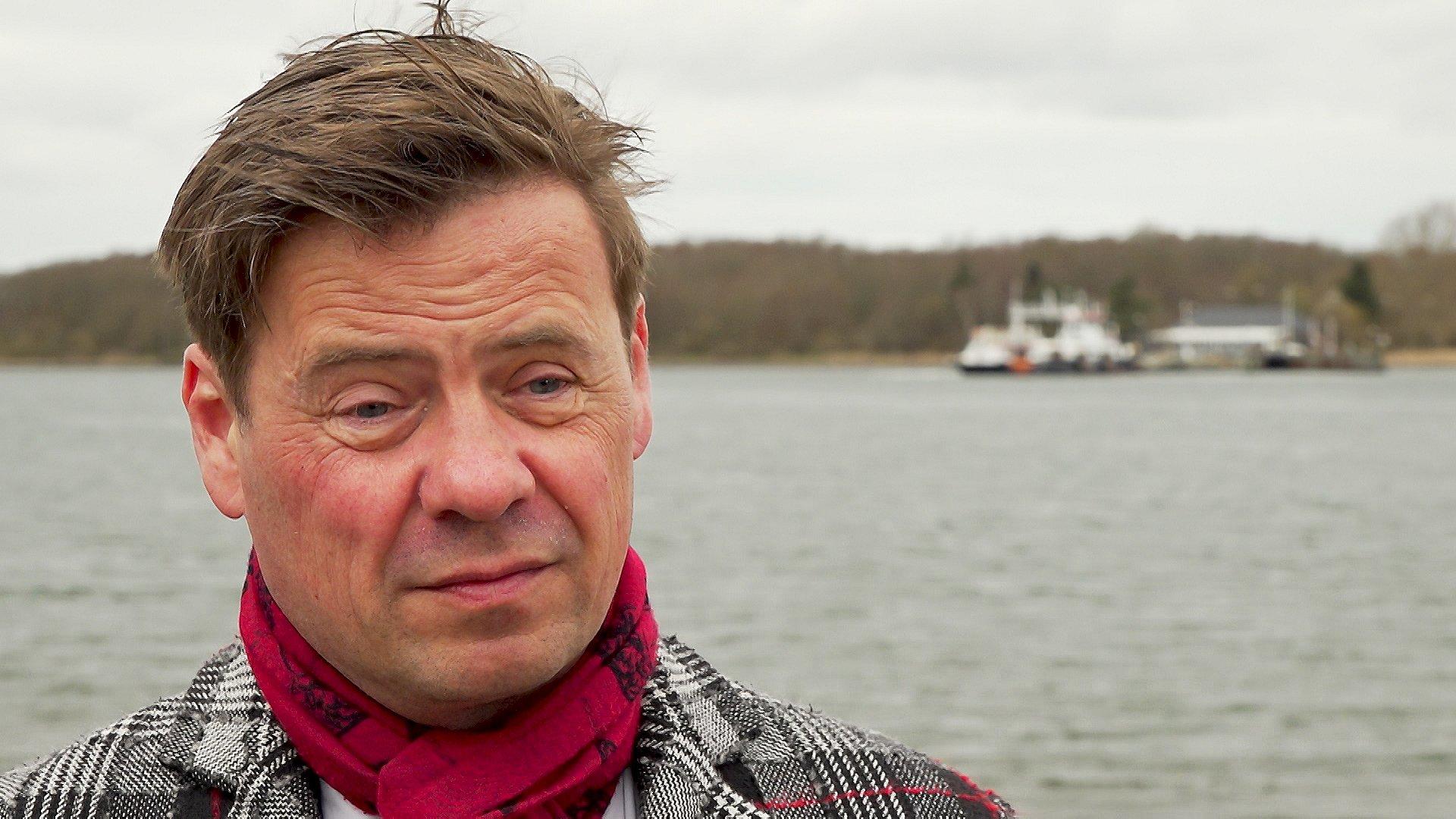 - Vi tager imod dem vi bliver pålagt af regeringen. Hvorvidt Danmark skal tage flere end dem, man allerede har aftalt, har jeg ingen holdning til, siger borgmester i Aalborg kommune (S), Thomas Kastrup-Larsen.