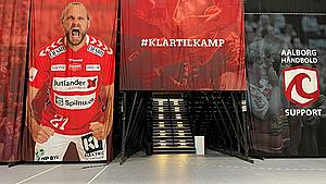 Aalborg Håndbolds første hjemmekamp i Champions League: - Vi har sommerfugle i maven, siger direktør